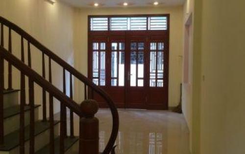 Bán gấp căn nhà 100m2 đường Tôn Đản, quận 4 SHR giá 3,3 tỷ