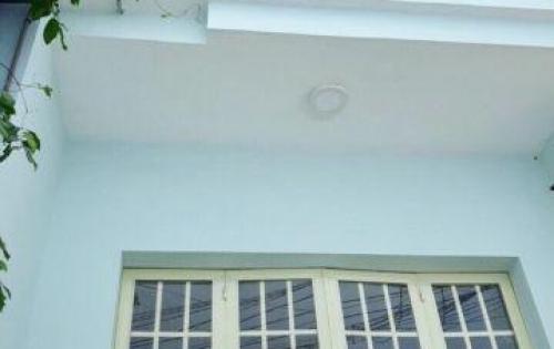 Cần bán nhà 1 lầu đúc kiên cố hẻm 803 Huỳnh Tấn Phát, P. Phú Thuận, Quận 7.