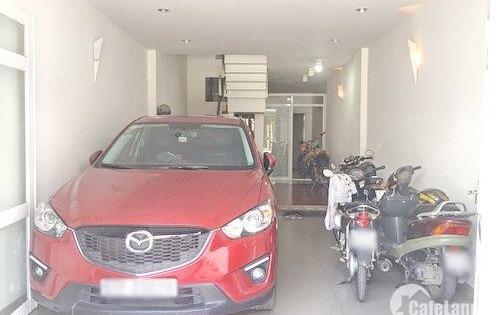 Cần bán gấp nhà 3 lầu mặt tiền đường số phường Tân Quy, quận 7, dt 4x20m. Giá: 10.5 tỷ