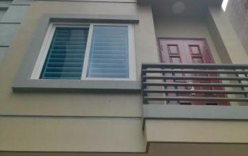 Bán nhà mặt tiền Nguyễn Trọng Tuyển, Phú Nhuận, 5 tầng, có thang máy, giá 22 tỷ