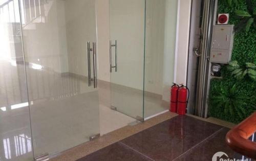 Còn 1 sàn duy nhất làm văn phòng tại MP Nguyễn Xiển, 130m2 giá chỉ 24tr/tháng