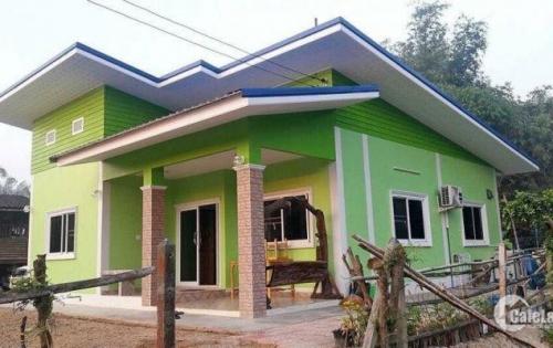 Nhà mới xây hoàn thiện kiểu mái Thái . sẵn vào ở thôi .