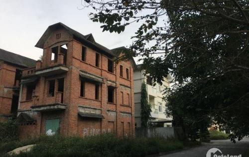 Bán biệt thự góc  xây thô 3 tầng, 180m2, KĐT Hoàn Sơn-Bắc Ninh, chỉ 2,4 tỷ, LH 0977.097.626