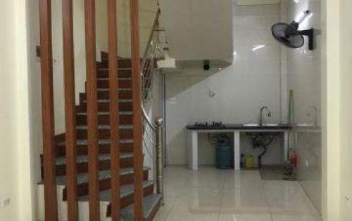 Bán nhà nguyên căn mới xây (5 tầng 1 tum) tại Trung Văn