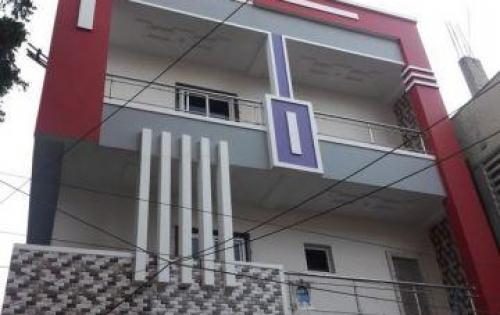 Cho thuê nhà mặt phố Nguyễn Khang DT 100m2, 6 tầng, giá rẻ 80 triệu.