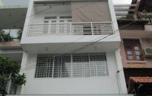 Cho thuê nhà MP Chùa Láng, DT 40m2 * 4T, MT 4,5m, giá 30 tr/th