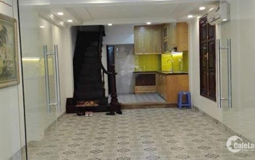 Cho thuê nhà ngõ Láng Hạ, DT: 65m2 x 7 tầng, có thang máy, giá 50tr/tháng