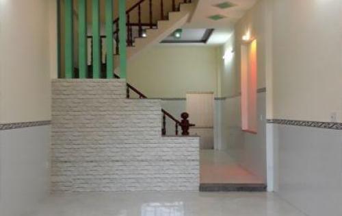 Cho thuê nhà mặt phố Hoàng Cầu, DT: 50m2 x 4 tầng, MT: 4,2m. Giá: 37 triệu/th, LH: 0339529298