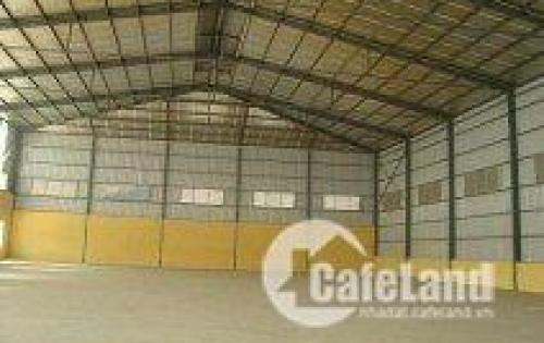 Cho thuê mặt bằng kho 350 m2 gần ngã tư Trâu Quỳ, container vào.