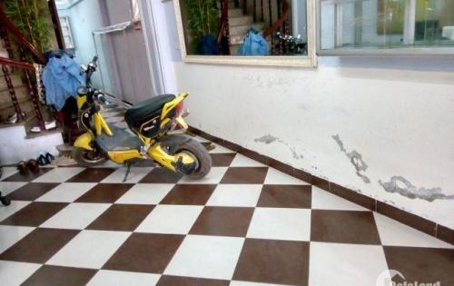 Cho thuê cửa hàng DT 25 m2 mặt tiền 4 m Phố Quang Trung Q.Hà Đông Hà Nội