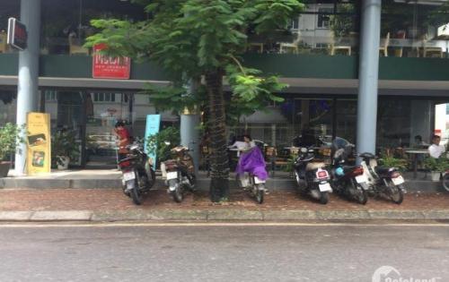 Chính chủ cho thuê nhà cực đẹp mặt phố Hàng Khay, mặt tiền 5m, giá thuê 160 triệu/tháng