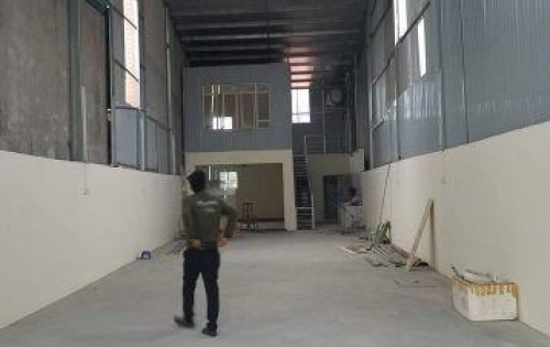 Cho thuê kho xưởng Long Biên, 165m2, xe công đỗ cửa.