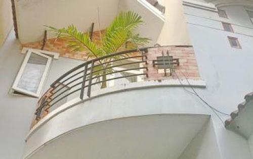 Cho thuê nhà nguyên căn 3 lầu mặt tiền đường số 10 Nam Long Trần Trọng Cung quận 7.