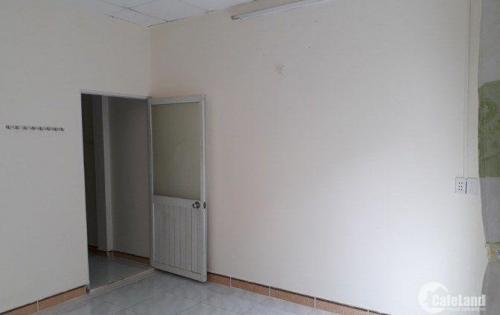Cho thuê nhà hẽm xe tải đường Lã Xuân Oai, Tăng Nhơn Phú A, Q9, 3 phòng ngủ