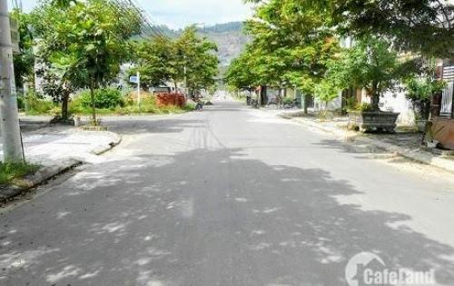 Tôi chính chủ bán đất đường Mẹ Thứ Hòa Xuân Cẩm Lệ - đường 10.5m, diện tích 120m2, hướng Đông Nam