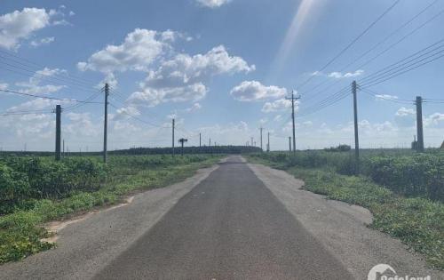 Bán đất mặt tiền đường nhựa, gần khu công nghiệp, gần chợ, trường học Lh 0971.796.796