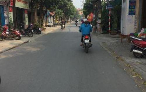 Bán nhanh đất Long Biên 30m² ngõ thông chỉ với 700tr. LH: 0974520796