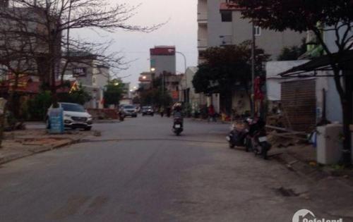 Thanh lý lô đất mặt Phố Trạm_Long Biên, Dt 38m2, Mt 3,1m, giá 110tr/m2.