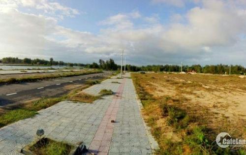 Đất biển đường 33m lại còn view sông cổ cò và gần cocobay