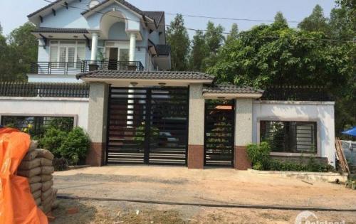 Chính chủ tôi bán đất biệt thự trung tâm huyện Nhơn Trạch, thổ cư 100%, sổ riêng, 5.9tr/m2