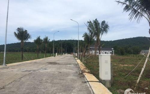 Chính chủ bán lô đất Full thổ cư Tuyến Tránh Phú Quốc. TT 700tr nhận nền XD ngay. 0937283933