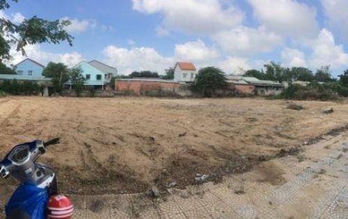 Đất ở hoặc kinh doanh đều ổn, tại trung tâm phố cổ Hội An Khu vực: Bán đất nền dự án tại Time Hội An - Thành phố Hội An - Quảng Nam Giá: 9.95 tỷ  Diện tích: 194