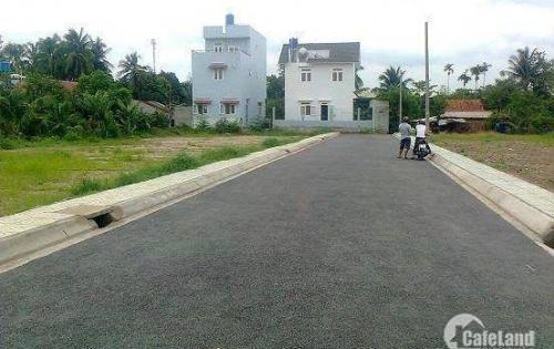 Bán gấp lô đất mặt tiền đường lớn