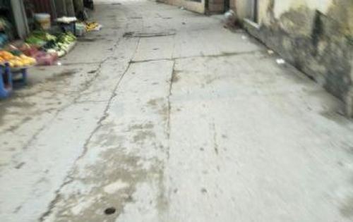 Gia đình cần tiền nên bán 74,2m2 đất thổ cư Phú Diễn, Bắc Từ Liêm ( có bán ½)