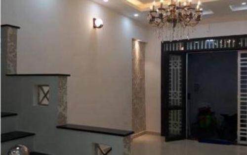 Cần bán nhà tại Đội Cấn - Ba Đình, giá 4.4 tỷ , DT 45m2, MT 4m