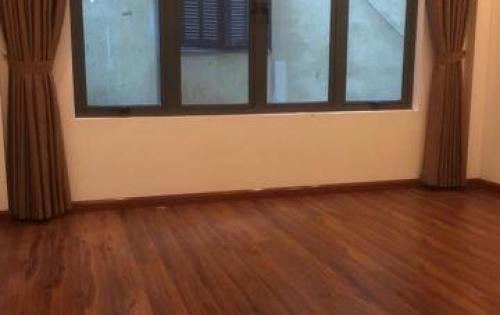 Chính chủ Bán nhà phố Đội cấn Ba Đình nhà mới đẹp nội thất sang trọng ô tô vào nhà