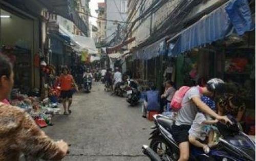 Nhà đẹp lô góc, Oto tránh, Kinh doanh đỉnh phố Kim Mã 26m2. Giá 3,9 tỷ.
