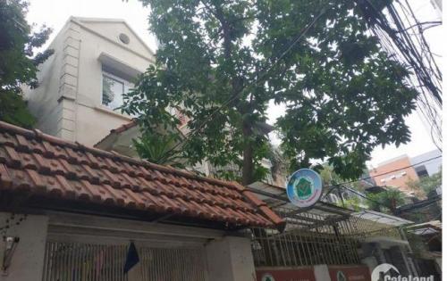 Bán biệt thự sân vườn ngõ 279 Đội Cấn quận Ba Đình, S90m2, giá chỉ 5.9 tỷ(TL).
