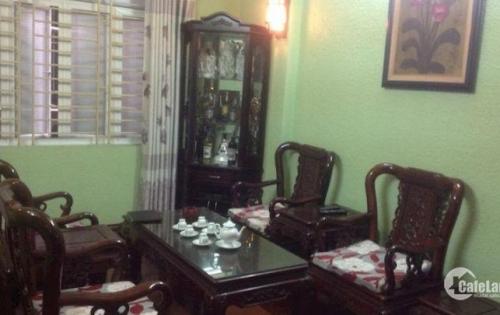 Bán gấp nhà Lê Hồng Phong,Ba Đình, cho thuê 18tr, 40m2,5 tầng,giá 4,5 tỷ