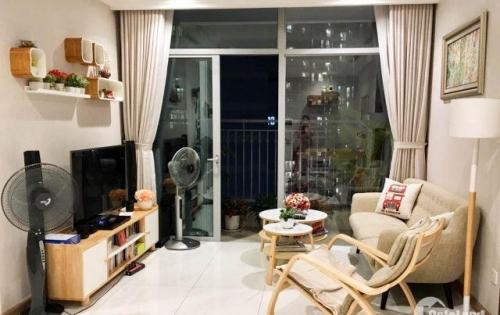 Cho thuê căn hộ 2PN, 83m2 tại Vinhomes Tân Cảng, nội thất đẹp, gần Quận 1, LH 0916901414 gặp Hiếu