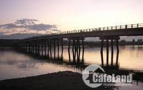 Bán đất 2 mặt tiền ven đầm thủy triều giá cực rẻ Full 100% thổ cư  LH0981112464