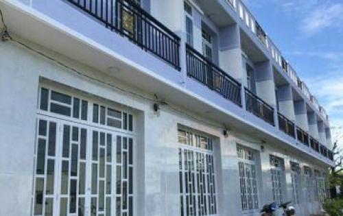 Nhà bán!Chỉ còn 2 căn duy nhất 1 trệt 1 lầu 640 triệu/căn tại KDC Tân Kim ,QL50 .
