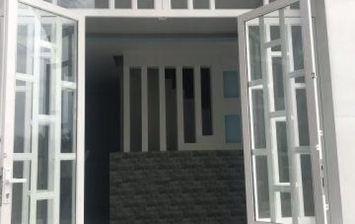 Bán nhà ngay KDC Tân Kim DT 60m2 giá chỉ 640 dọn vào ở ngay trong tết