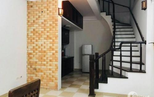 Nguyễn Khang nhà đẹp ở ngay, ô tô đỗ cửa, bán gấp! 34m 4 tầng 3.45 tỷ. Lh 0901754366