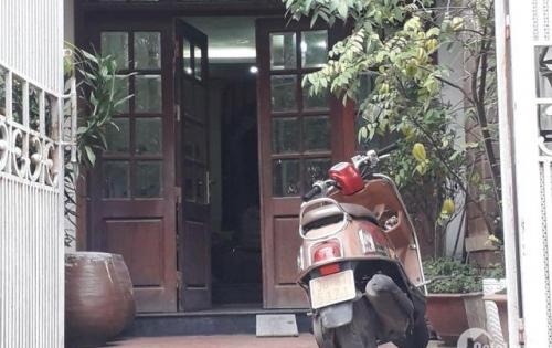 Ô Tô vào nhà,kinh doanh, ở, Hoàng Quốc Việt, Cầu Giấy, 100m2, 4T, MT4m, Chỉ 10,6 tỷ