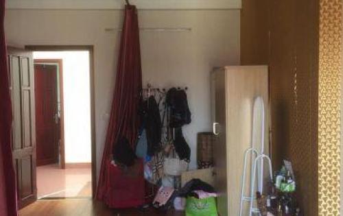 Cần bán gấp nhà phố Quốc tử giám 5 tầng, 70 m, 13.1 oto vào nhà