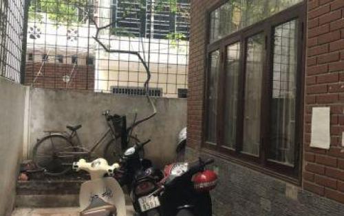 Cần bán nhà trong ngõ 22 Tôn Thất Tùng, Đống Đa, Hà Nội