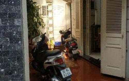 Nhà đẹp gần phố Láng Hạ Đống Đa-78 m2 có Gara Ô tô 8.9Tỷ:  0852868899(Lê Dũng)