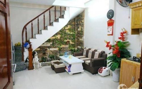 Nhà mới đẹp Thịnh Quang 5 tầng chỉ 2,52 tỷ.