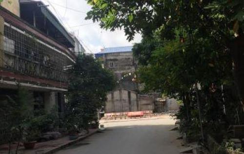 Về quê nên gia đình muốn bán nhà trung tâm thị trấn Trâu Quỳ, Gia Lâm, Hà Nội