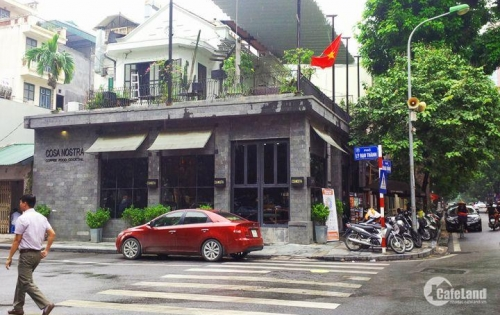 Bán 3 nhà mặt phố NXQ_Gia Lâm, Dt 61m2, Mt 5.4m, Giá 82tr/m2.