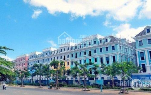Cần bán khách sạn 300m2x4, 22 phòng tại trung tâm du lịch bãi cháy có bãi tắm riêng, cạnh sun world