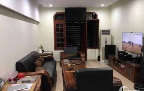 Bán nhà tại Trương Định, ngõ ô tô, Kinh Doanh sầm uất, giá 5,6 tỷ