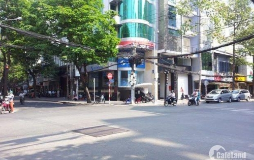 Bán nhà đẹp 6 tầng kinh doanh, ô tô tránh, có thang máy Phố Trương Định giá 7.8 tỷ