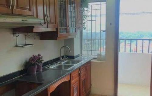 Cần bán căn hộ đầu hồi tại NƠ 4 bán đảo Linh Đàm, 2 phòng ngủ 63m2. Giá 1 tỷ 370 triệu, có nội thất