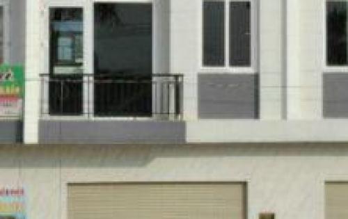 Cần bán gấp căn nhà mặt tiền đường ở Hóc Môn để định cư đi nước ngoai